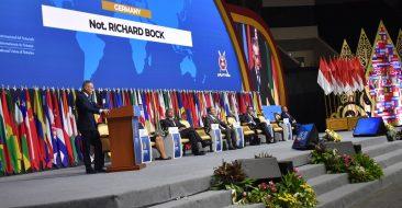 Aspectos legais do Doing Business na era da Revolução Industrial 4.0 são debatidos durante Congresso da UINL